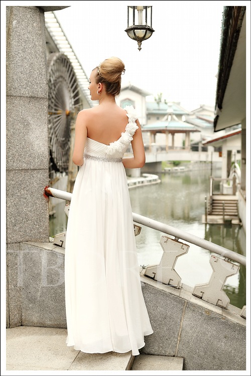 One-Shouder A-Line Flowers Beading Long Bridesmaid Dress