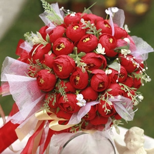 Red Silk Cloth Bud Wedding Bouquet for Bride