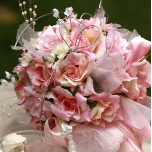 Small Pale Pink Silk Cloth Wedding Birdal Bouquet