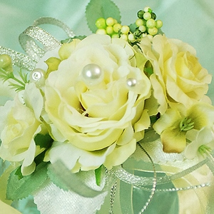 Light Yellow Silk Cloth Wedding Bridal Wrist Corsage