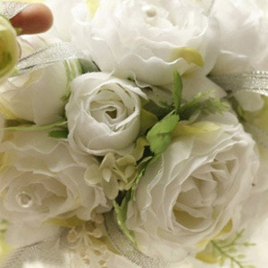 White Silk Cloth Wedding Bouquet for Bride