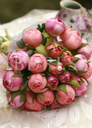 Lovable Pink and Red Silk Cloth Bud Wedding Bridal Bouquet