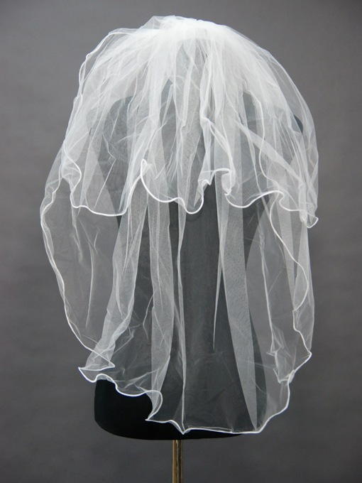 Floral Edge Wedding Bridal Veil GQ33134