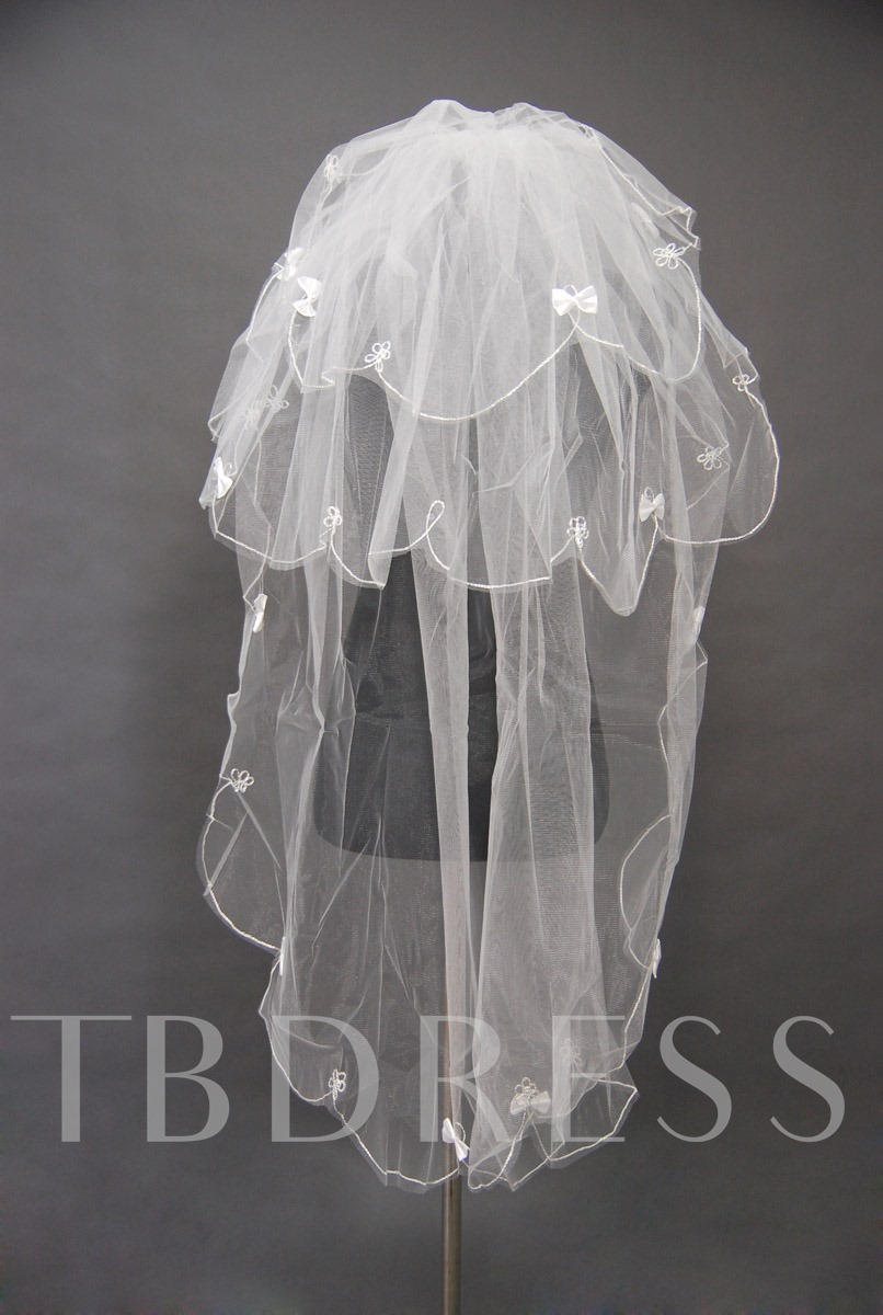 Floral Edge Short Wedding Bridal Veil
