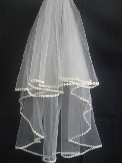Elbow Wedding Bridal Veil Pear Trim Edge