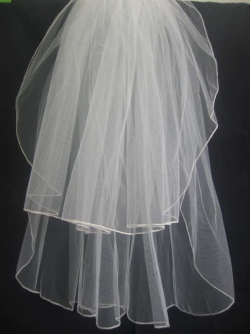 2-Layer Children Veils with Finished Edege