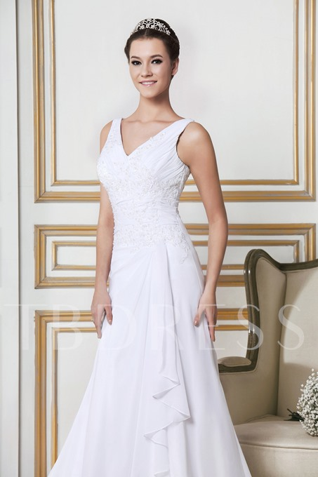 Sheath/Column V-Neck Chapel Sandra's Wedding Dress