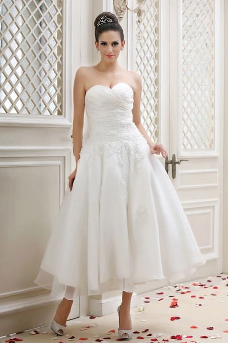 Sweetheart A-line Tea-Length Appliques Taline's Wedding Dress