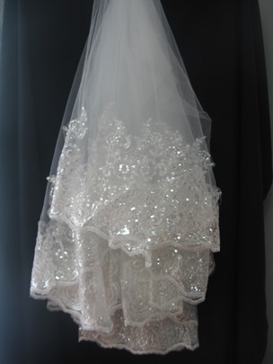 fingertip wedding veil lace applique edge