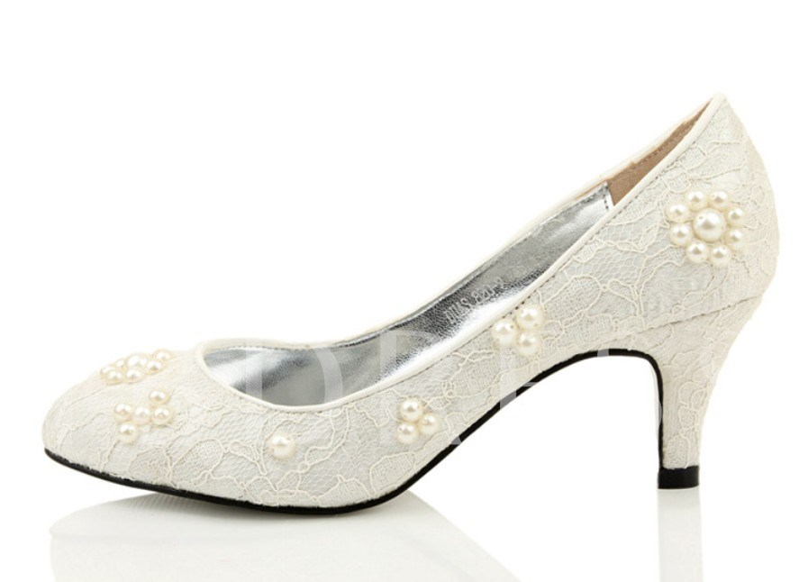 Lace Upper Mid Heel Wedding Shoes With Roses