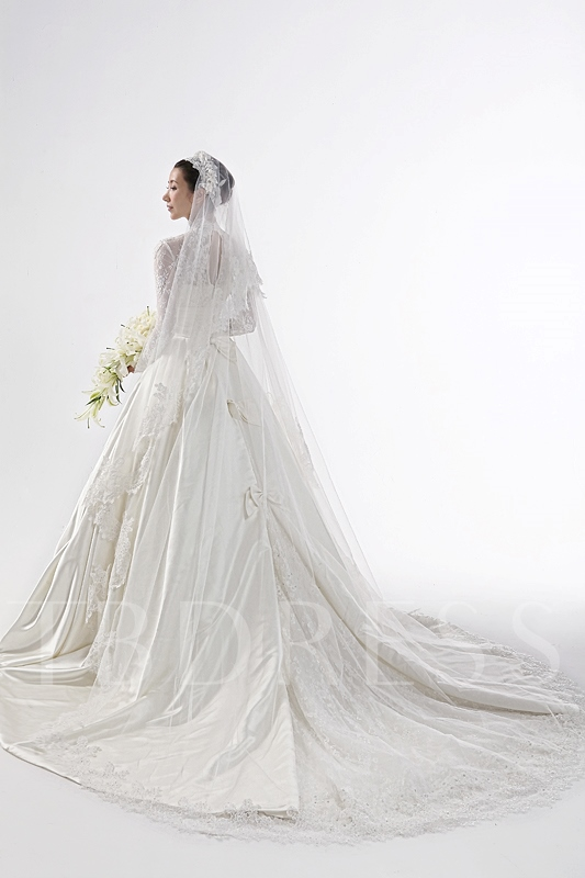 High Neck Long Sleeve Lace Vintage Wedding Dress