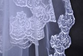 Fingertip Wedding Bridal Veils with Lace Flowery Edge
