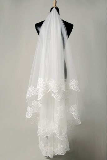 Fingertip Wedding Bridal Veils With Appliques Flowery Edge