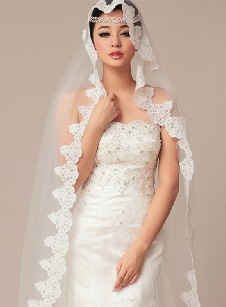 Chapel Wedding Bridal Veil with Lace Edge