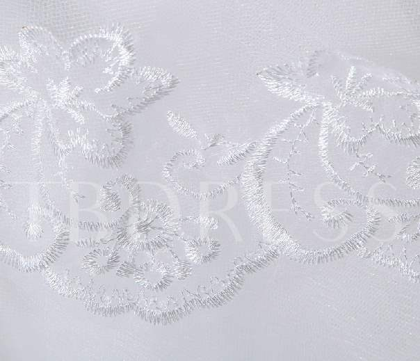 White Lace Appliques Wedding Veil