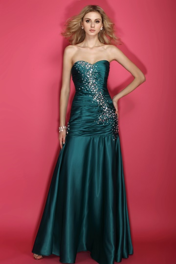 Floor-Length Beading Sweetheart Brush Train Dasha's Prom Dress
