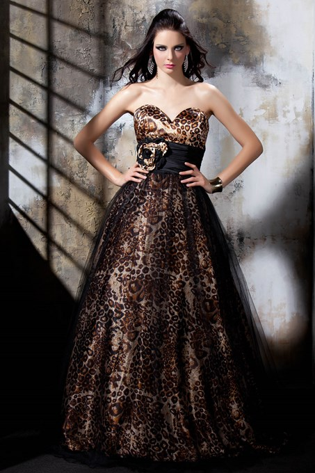 A-Line Floor-Length Sweetheart Brush Train Polina's Evening/Party Dress