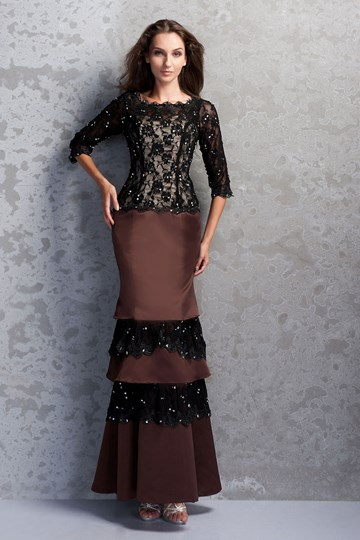 Lace Half Sleeve Trumpet Mother of the Bride Dress