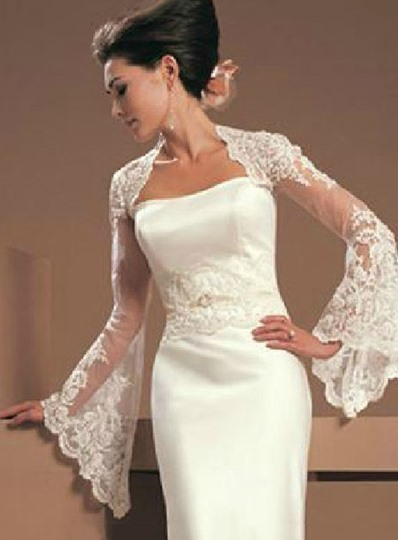 Long Sleeve Lace Wedding Jacket