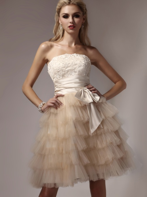 Tiered A-line Strapless Short Homecoming Dress