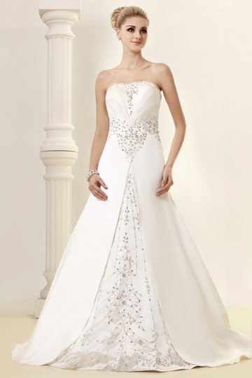A-line Strapless Sweetheart Chapel Appliques Dasha's Wedding Dress