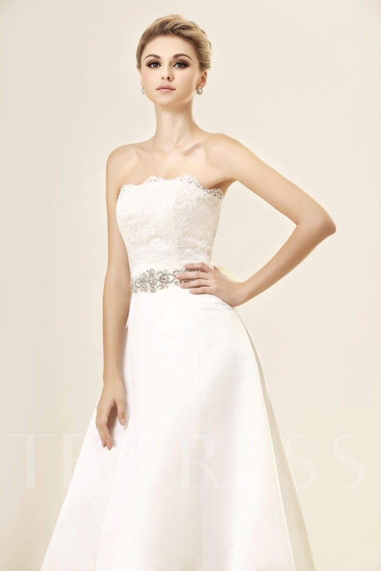 Appliques Strapless Wedding Dress With Jacket