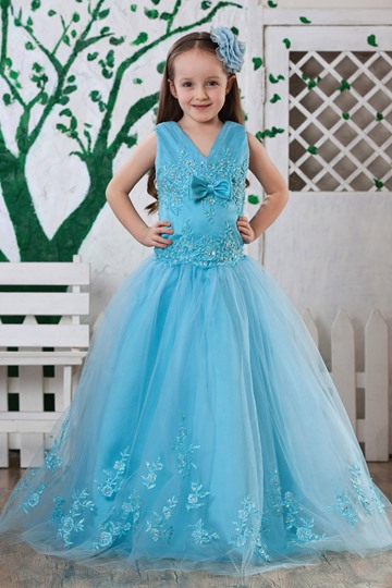 Ball Gown Floor-length V-neck Appliques Flower Girl Dress