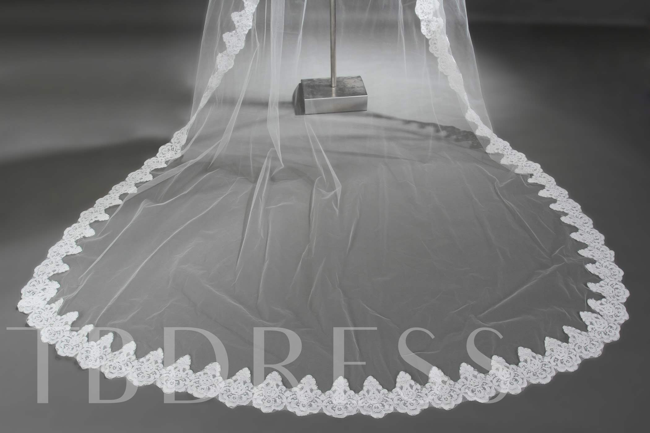 Wedding veil one tier cathedral veils lace applique edge tulle