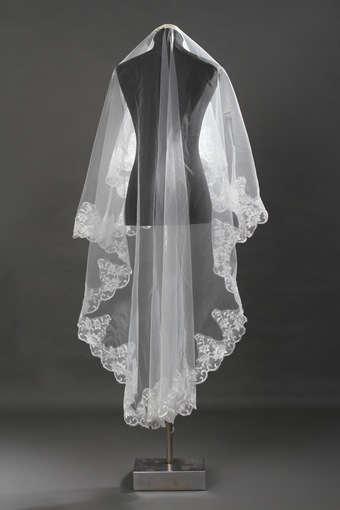 Chapel White Lace Wedding Veil