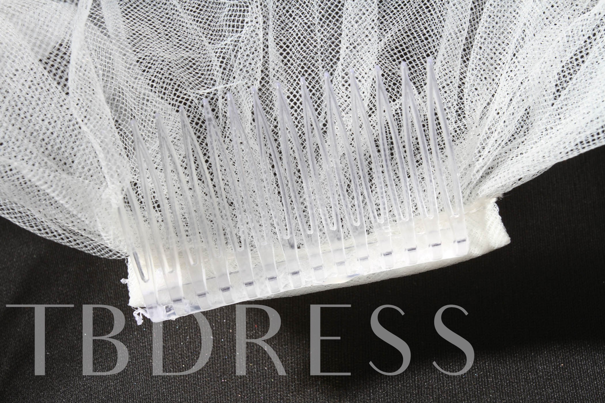 Outstanding Elbow Tull Wedding Bridal Veil with Sequin