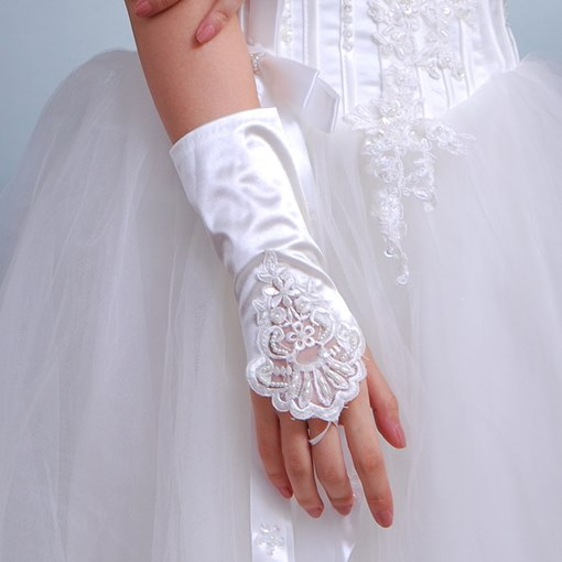 Ivory Beading Appliques Wedding Gloves