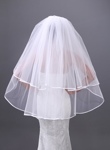 Single-wire Yarn Two Layers Fingertip Wedding Veil
