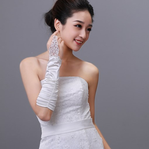 Half Length Finger-less Bridal Gloves with Lace