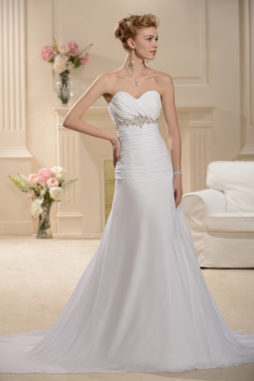 Sweetheart Court Empire Wedding Dress