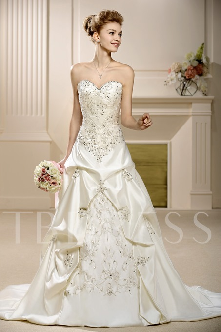 A-Line Sweetheart Embroidery Wedding Dress
