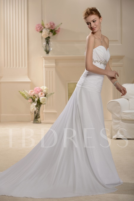Sweetheart Court Train Empire Waist Wedding Dress