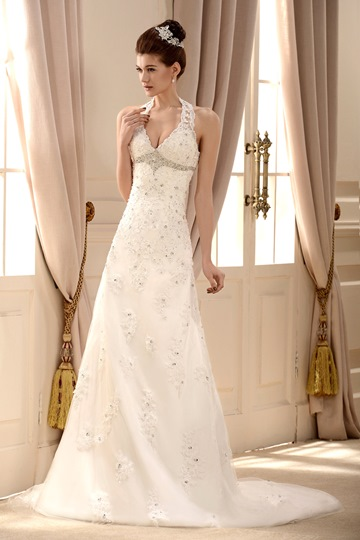 Lace Halter V Neck Chapel Train Embroidering Wedding Dress