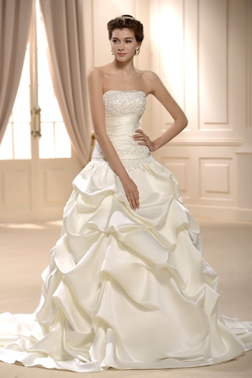 Princess Ball Gown Strapless Wedding Dress