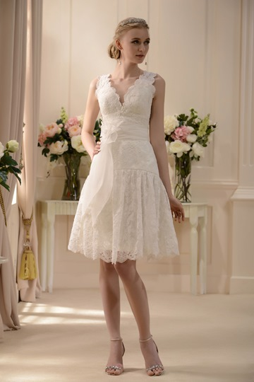 V-Neck Knee-Length Sash Lace Short Wedding Dress