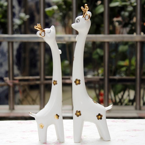 Sell Creative Gift Couple Giraffe Ornaments With Simplicity