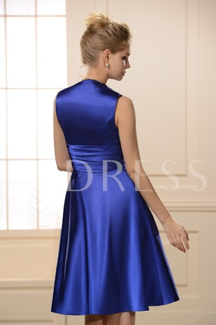 Ruched A-Line Knee-Length V-Neck Bridesmaid Dress