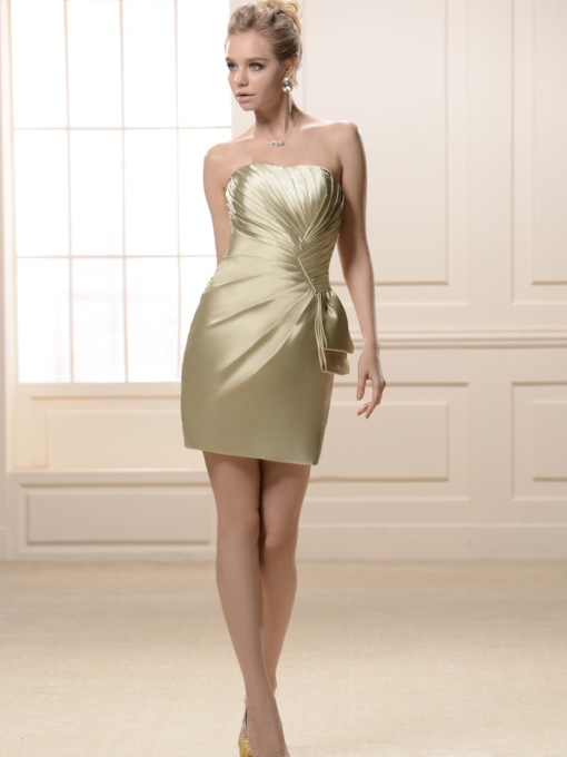Pleats Sheath/Column Strapless Knee-Length Bridesmaid Dress