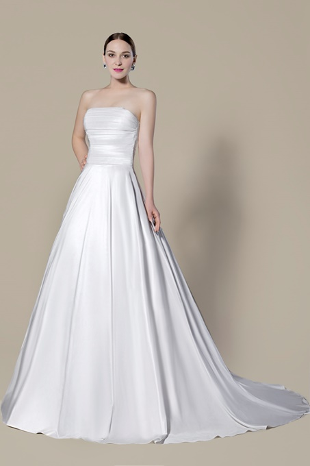 Strapless Pleats Buttoned Back Wedding Dress
