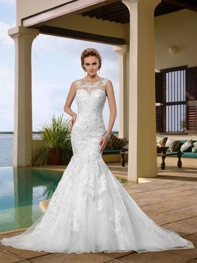 Gorgerous Sleeveless Scoop Appliques Trumpet Wedding Dress