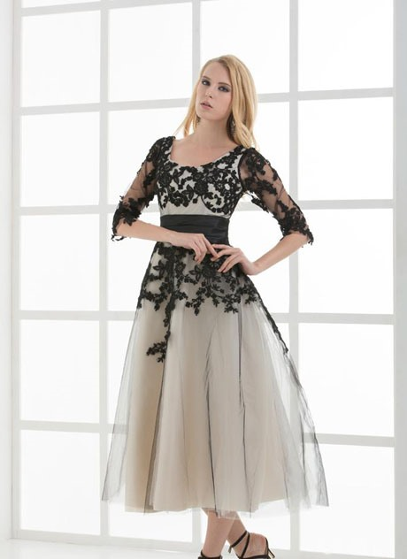 Half Sleeves Appliques Tea-Length Scoop Lace-Up Evening Dress