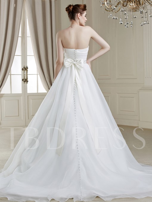 Sweetheart Neck Button Flower Court Train Wedding Dress