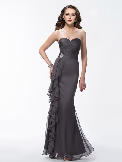 Sweetheart Sheath Ruffles Beading Evening Dress