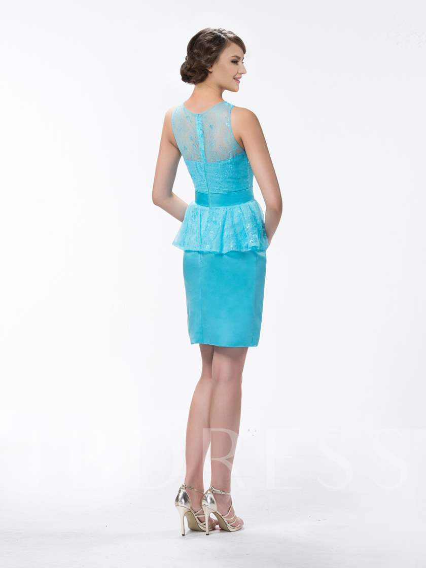 Superior Sheath/Column Lace Knee-Length Zipper-Up Bridesmaid Dress