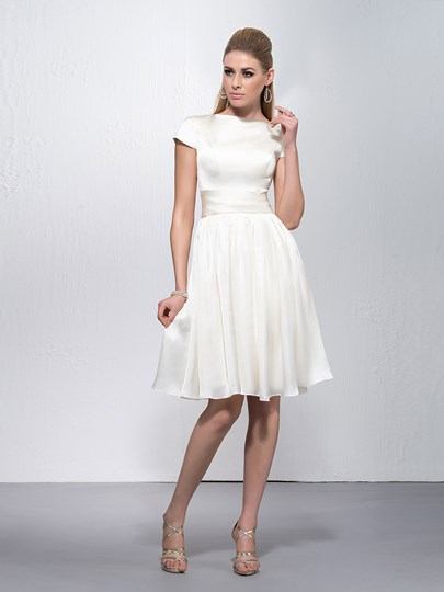 Bateau Neckline Short Sleeves Knee Length Zipper-Up Prom Dress
