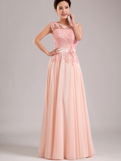 Scoop Neck Appliques Long Bridesmaid Dress